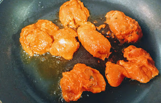 Roasting marinated chicken pieces on Non stick pan for butter chicken Murgh makhani recipe