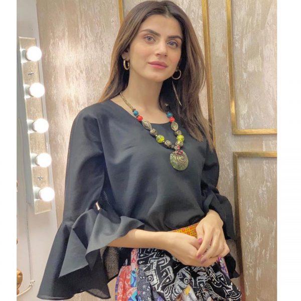 Zubab Rana Looks Stunning in New Ravishing Pictures