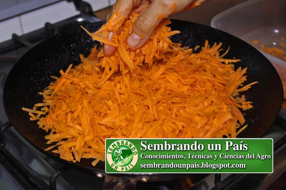 asando zanahorias