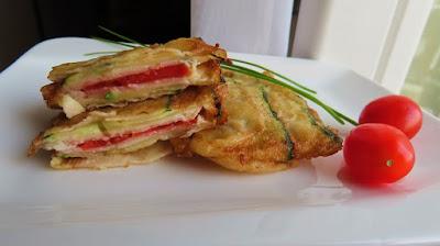 Pohani sendviči od tikvica s okusom pizze / Fried zucchini sandwiches pizza flavoured