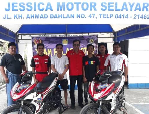 Ketua KONI Lepas Tim Balap Motor Selayar, Ikut Pra Porda