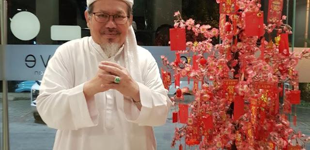 Langsung Heboh, Ustadz Tengku Zul Buka Identitasnya, Saya Memang Anak China