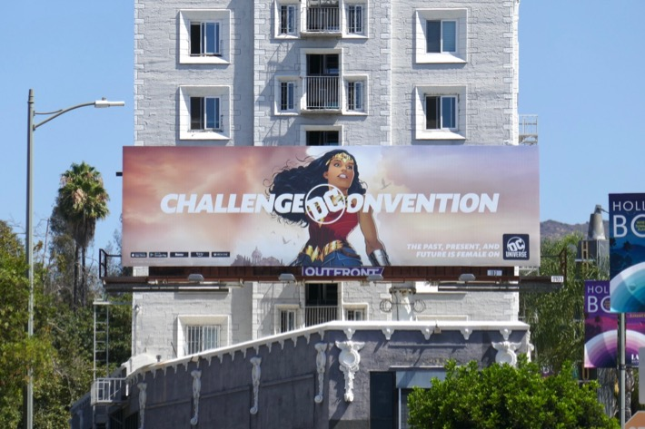 Challenge Convention DC Universe Wonder Woman billboard