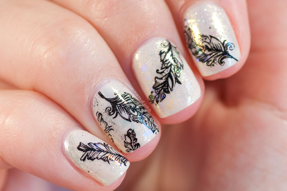 Iridescent Sparkly Mermaid Powder Feather Nail Art