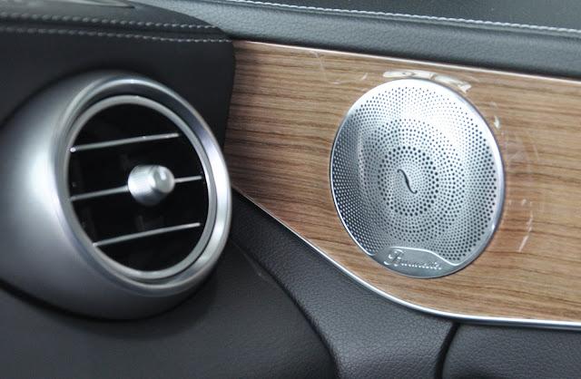 Mercedes C250 Exclusive 2018 sử dụng Âm thanh vòm Brumerster 13 loa