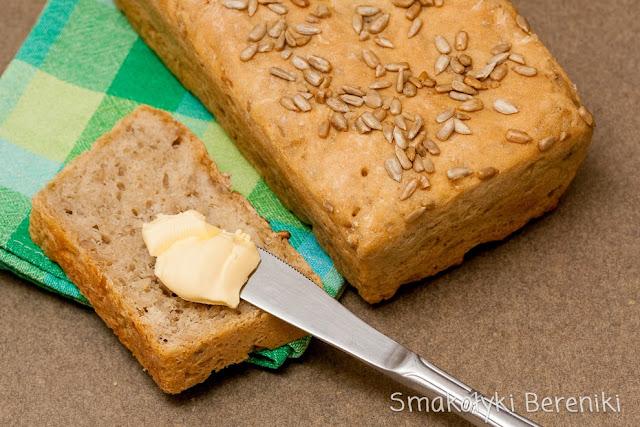 pszenno-żytni chleb słonecznikowy na drożdżach