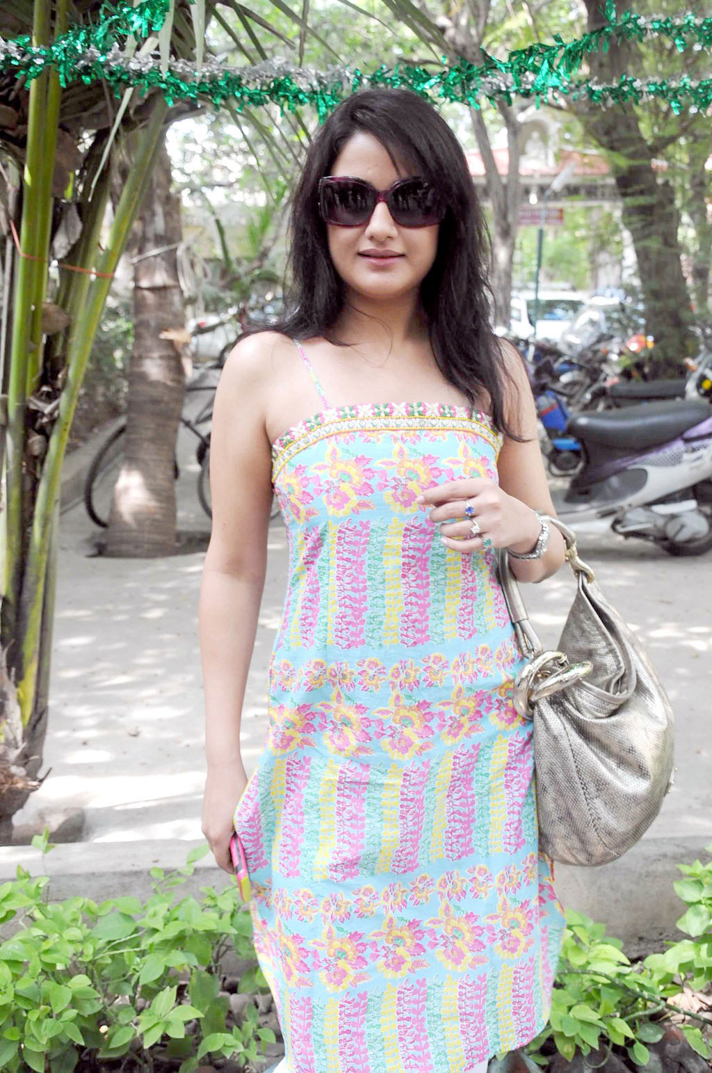 Sonia Agarwal hot hd wallpapers | HD Wallpapers ...