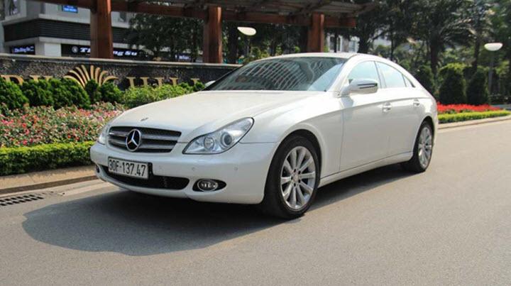 Mercedes CLS300 giá tương đương Mazda3 sau 10 năm sử dụng