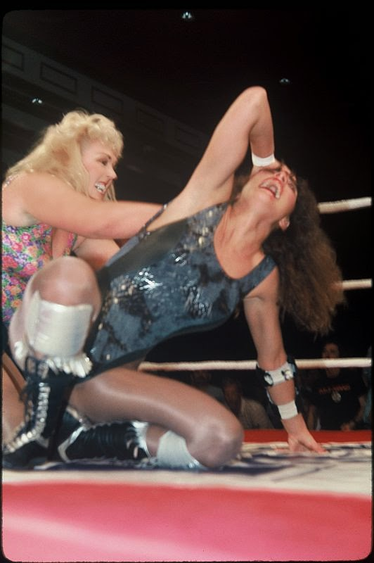 Leilani Kai-Magnificent Mimi-ladies pro wrestling