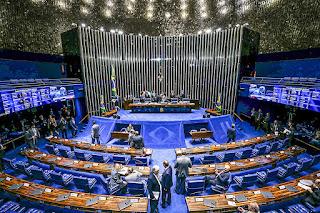 Senado cria CPI da Covid para investigar gestão Bolsonaro