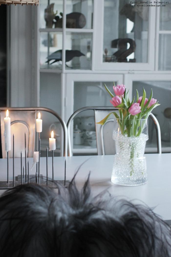 annelies design, webbutik, candle cross, ljusstake, matplats, kök, vas, vako, revel, smaelta, lotta pettersson, inredning, design, fårskinn,
