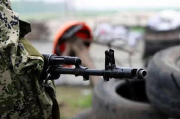 Бойовики в Мар'їнці поранили мирну жительку, - штаб ООС