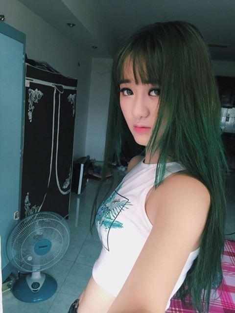 Hot girl Quỳnh Lê Mặt xinh khả ái xinh đẹp 4