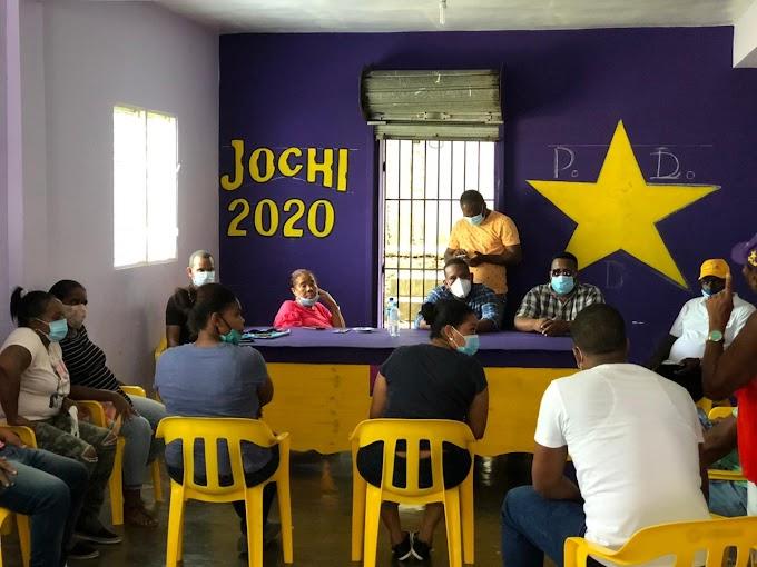 Ñiñin define su equipo de campaña en la costa; Jochi Anibal coordina en Paraíso