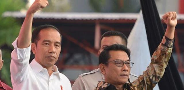 DKS: Harusnya Moeldoko Yang Pertama Ditegur Presiden Jokowi