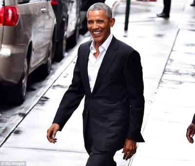 Barack Obama jets off to Marlon Brando's private Polynesian island to unwind (Video/photos)