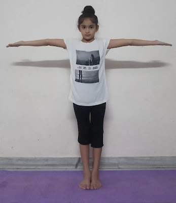 Tadasana benefits in hindi