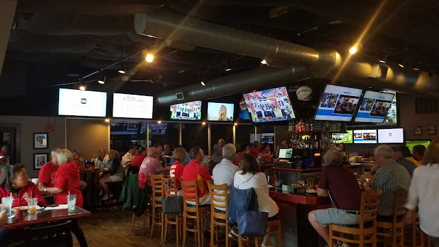 Wicked Willie's Sports Grill, Lake of the Ozarks, sports bar