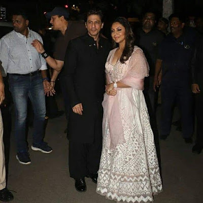 Shahrukh Khan with his wife Gauri Khan at Diwali Bash