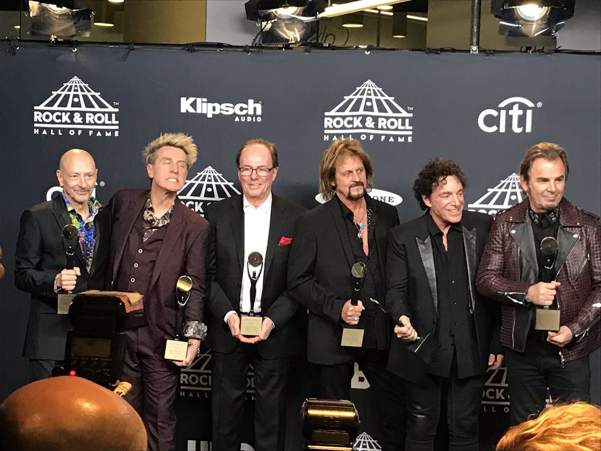Steve Perry Reconcile with Journey at Rock and Roll Hall of Fame Induction Ceremony