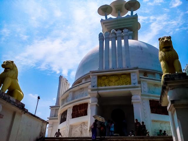 Dhaualigiri Stupa of Bhubaneswar @doibedouin