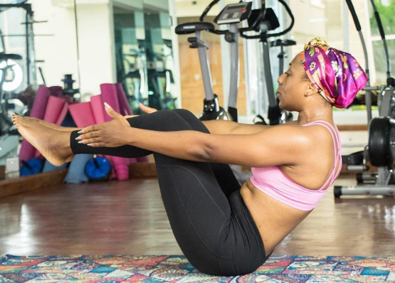 Dakore-Egbuson-Akande-yoga-pose