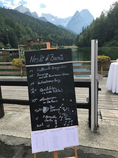 Time Line Tafel 4 Hochzeiten und eine Traumreise 2.0 im Riessersee Hotel Garmisch-Partenkirchen, Traumlocation am See in den Bergen, 2017
