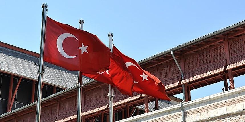 Τουρκία: Απόστρατοι ναύαρχοι προειδοποιούν την κυβέρνηση