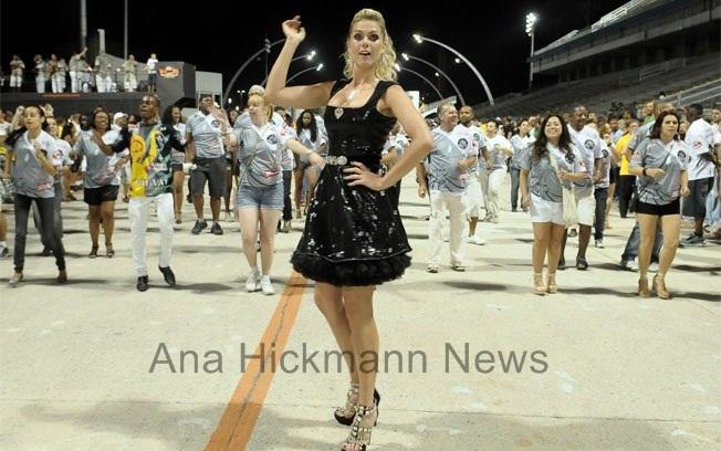 Ana Hickmann News  Ana Hickmann emagrece para desfilar no carnaval ! 0fb690c0c3