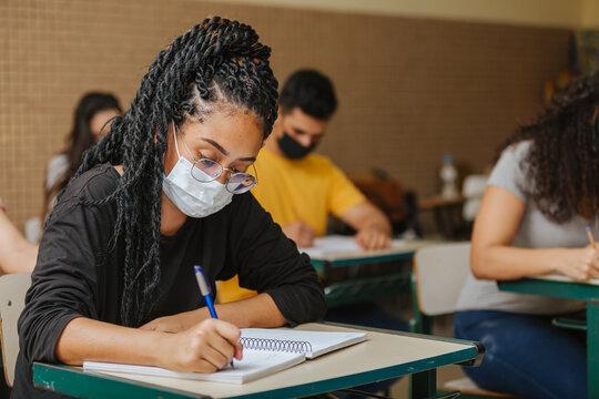 Santa Cruz abre matrículas para o curso do EJA