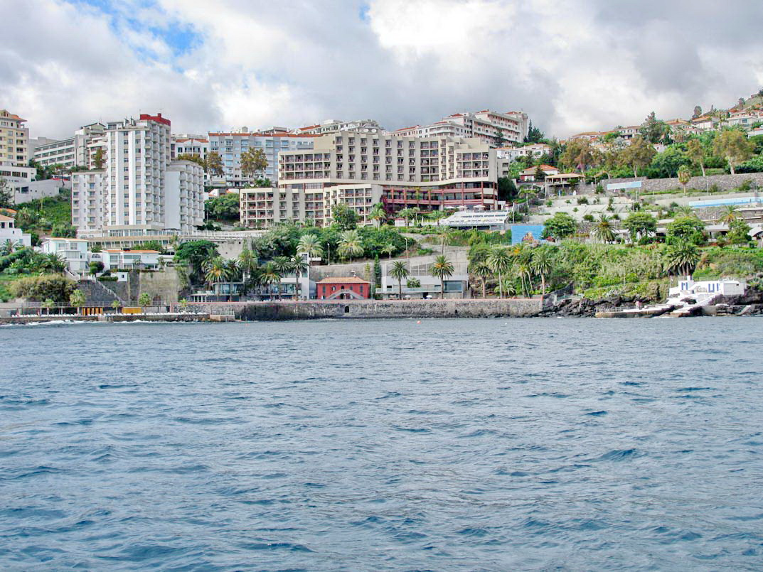 hotels with sea view