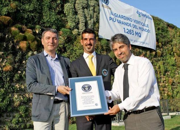 Taman Vertikal Garden Francesco Bolluni Genius book of record