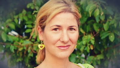 Calista Sweet: «Las cuestiones comerciales no pueden ir por encima de la calidad de un libro»