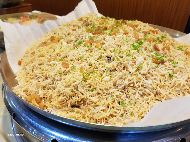 A mountain of delicious rice to savour with all the dishes