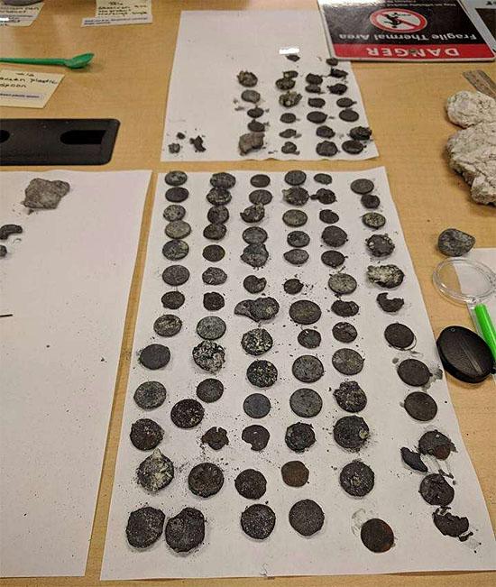 Erupção de gêiser em Yellowstone arremessa materiais bizarros - Objetos encontrados 2