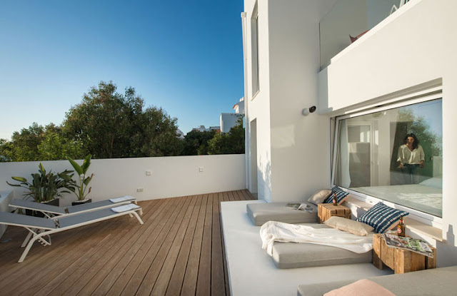 9 Beautiful and Cozy Roof Garden Design Examples