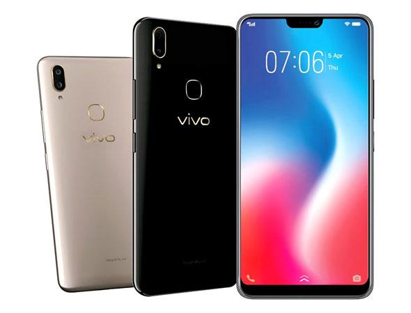 merupakan smartphone besutan vendor asal negeri tirai bambu Spesifikasi dan Harga Vivo V9, RAM 4GB / 64GB Smartphone Perfect Shot Perfect View (Al Selfie)