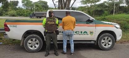 https://www.notasrosas.com/Por Acceso Carnal Con Menor de 14 Años, capturado ciudadano en Aguachica - Cesar