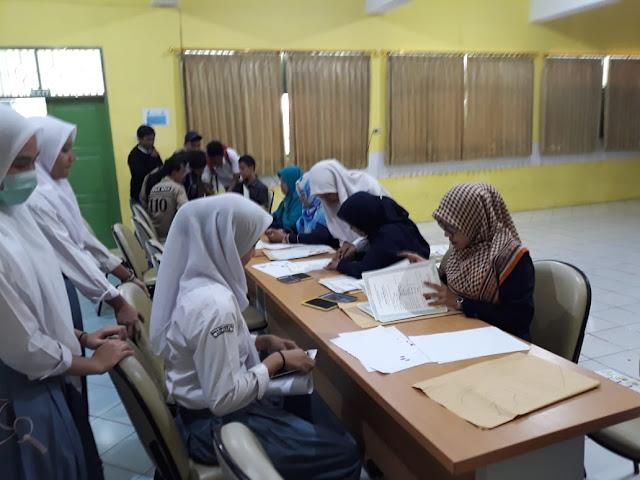 Pelaksanaan Cap 3 Jari Siswa Lulusan T.A. 2018-2019
