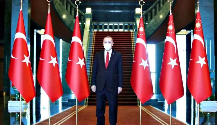 Wajar Erdogan Ngamuk, Rupanya Presiden Prancis Suruh...