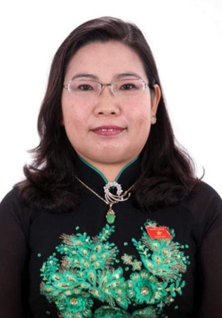 Trưởng đoàn ĐBQH Hồ Thị Cẩm Đào sống xa hoa như thế nào?