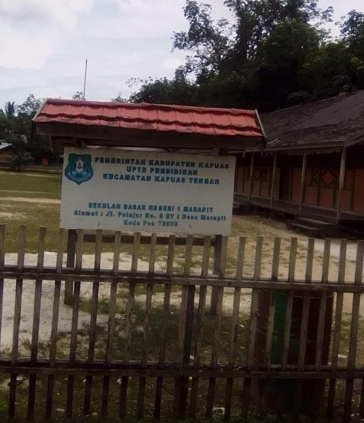 Karena Dana Terlambat Cair dan Rebutan Tukang, Rehab Perpustakaan di Marapit Molor