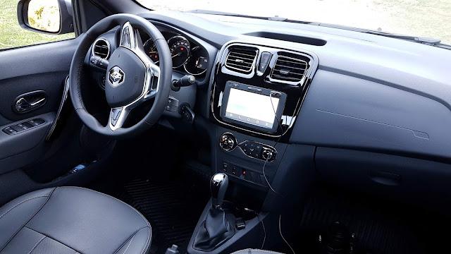 Novo Logan 1.6 Automático 2020  - interior - painel