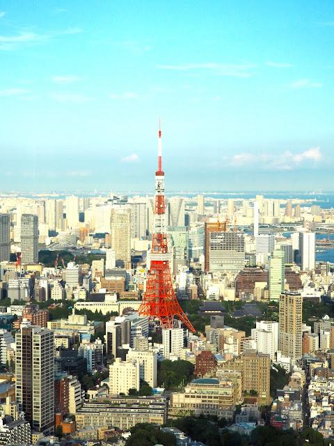 Tokyo Tower from Mori Tower, Roppongi Hills, Tokyo, Japan