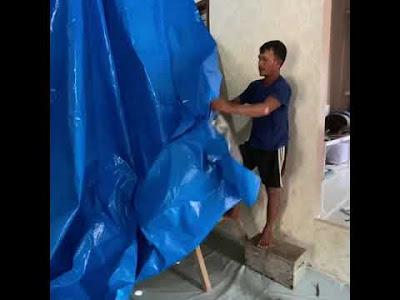 Cara Memasang Plafon Rumah dari Terpal Plastik