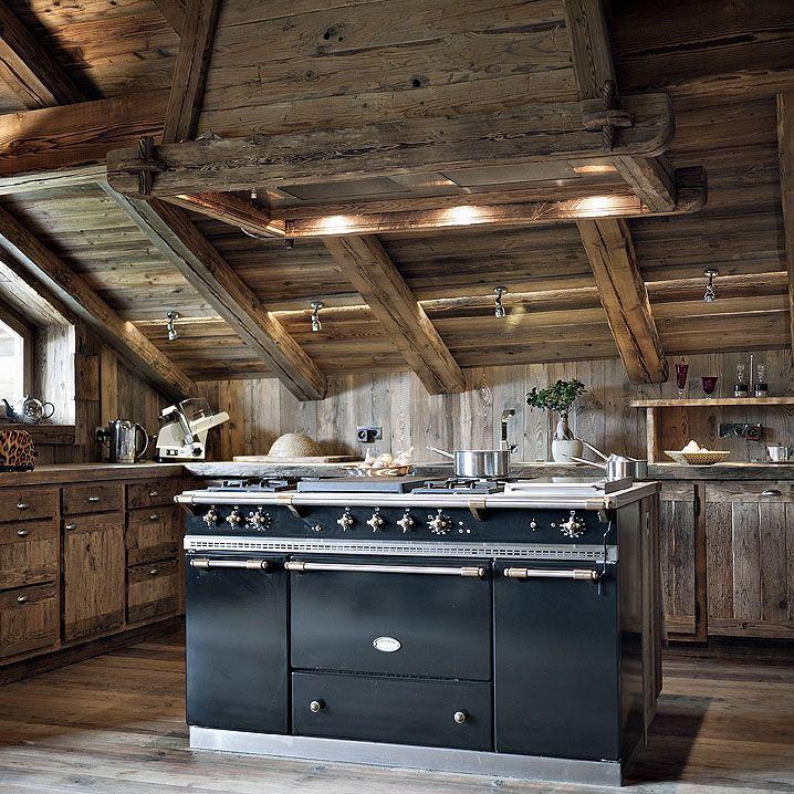 Interior Design Rustic Furniture: 30 Rustic Chalet Interior Design Ideas
