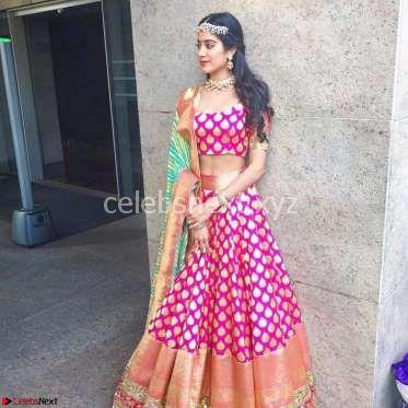 Jhanvi Kapoor Unseen Exclusive Pics 003.jpg