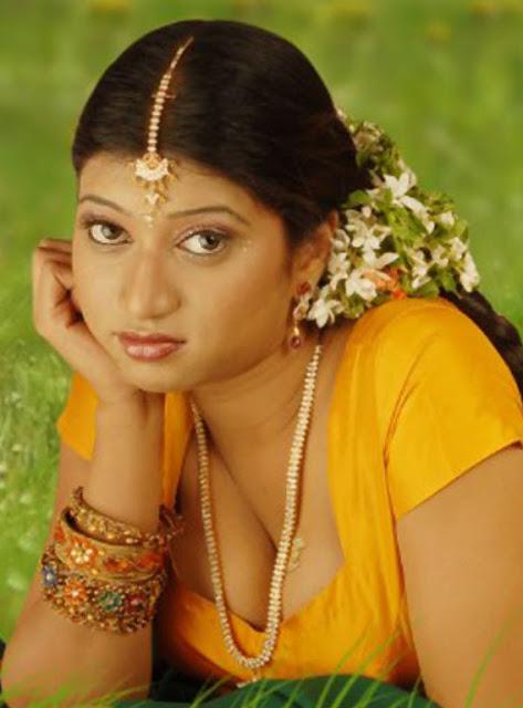 Telugu character actress uma - 2 4