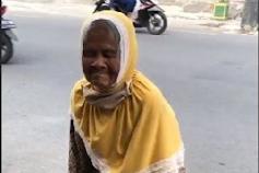 Nenek Viral Jualan Salak di Jogja Ternyata Punya 4 Rumah, Anak Bilang Tak Ada Paksaan Berjualan