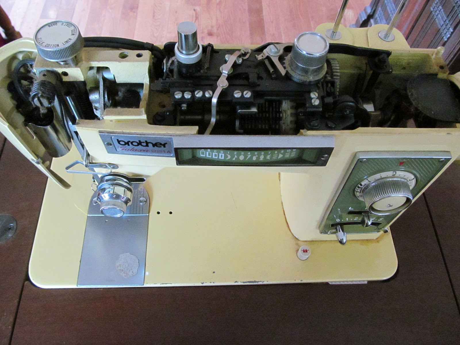 Trampled By Geese Vintage Sewing Machine Brother Galaxie 221a Gutsy Free Threading Diagrams This Particular Was Owned And Used The School Board For Many A Year After They Were Finished With It Passed Through Hands Of Couple